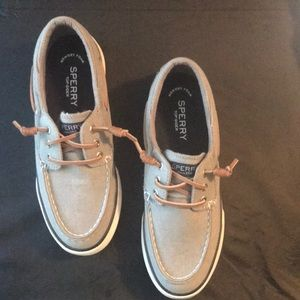 Sperry top-sider with memory foam.